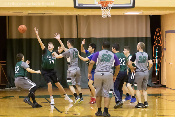 2020 Quo Vadis vs. Seminarians basketball