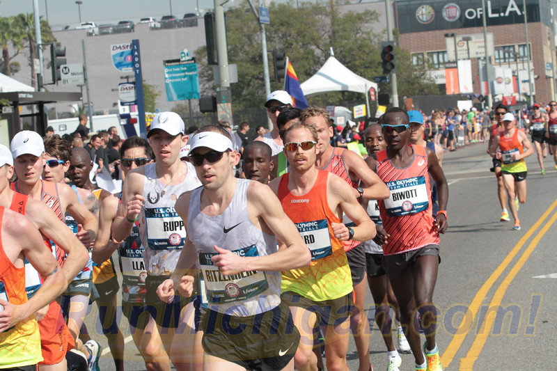 Dathan Ritzenhein during the 2016 US Olympic Trials Marathon in Los Angeles on February 13, 2016. (Photo by John Brabbs)