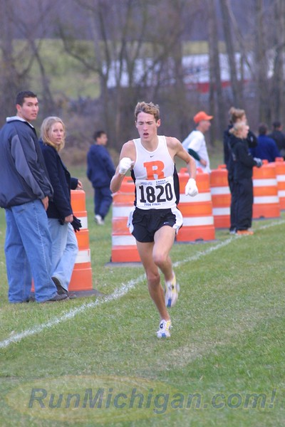 Dathan Ritzenhein mid-race at the 2000 MHSAA LP XC Boys' D1 Finals at MIS on November 4, 2000. (Photo by John Brabbs)