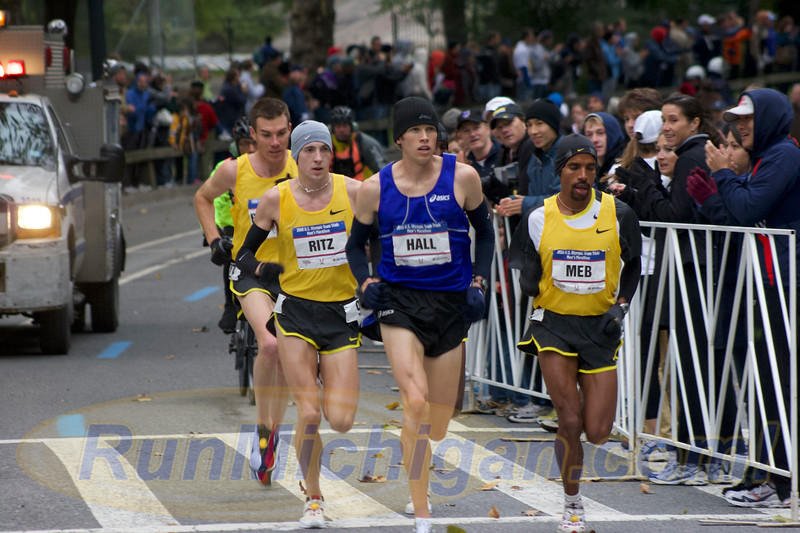 Dathan Ritzenhein among the lead pack during the 2008 US Olympic Trials Marathon in New York City on November 3, 2007. (Photo by John Brabbs)