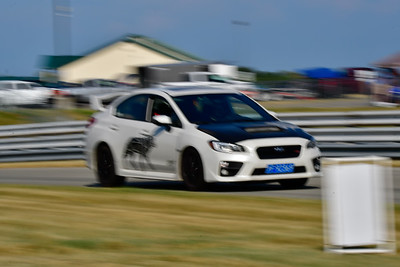 2020 July Pitt Race TNiA Interm White Subi Graphic