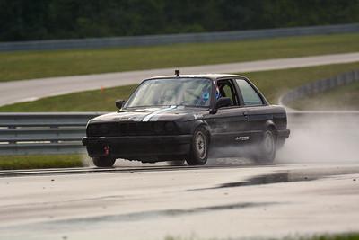 2020 SCCA TNiA Sept2 Pitt Race Nov Blk BMW Old