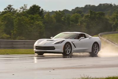 2020 SCCA TNiA Sept2 Pitt Race Nov White Vette
