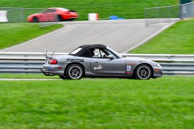 2020 SCCA TNiA Sep 30 Pitt Race Int Silver Miata Spoiler