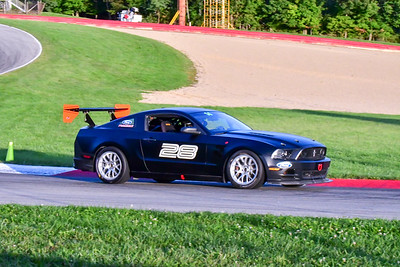 2020 MVPTT Blk Mustang 28