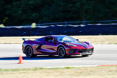 2020 SCCA TNiA Aug19 Int Burgandy Vette