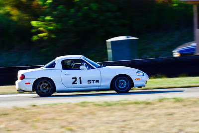 2020 Aug19 TNiA Nov White Miata HT
