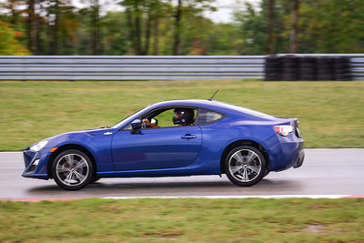 2020 SCCA TNiA Pitt Race Sept2 Int Blu Twin