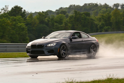 2020 SCCA TNiA Sept2 Pitt Race Nov Blk BMW 6