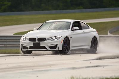 2020 SCCA TNiA Sept2 Pitt Race Nov White BMW