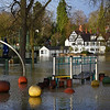 The river Severn and the Boathouse Inn at Quarry Park as of 8am, 17-2-20.