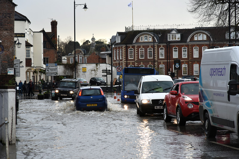 Traffic choas Smithfield Road, Shrewsbury 4pm. 17-2-20.