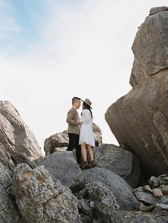 Joshua Tree photo shoot - Kristen Krehbiel - Kristen Kay Photography | monochromatic and earth toned outfits for a boho, desert vibe | #travel #joshuatree #hat #boots #outfits