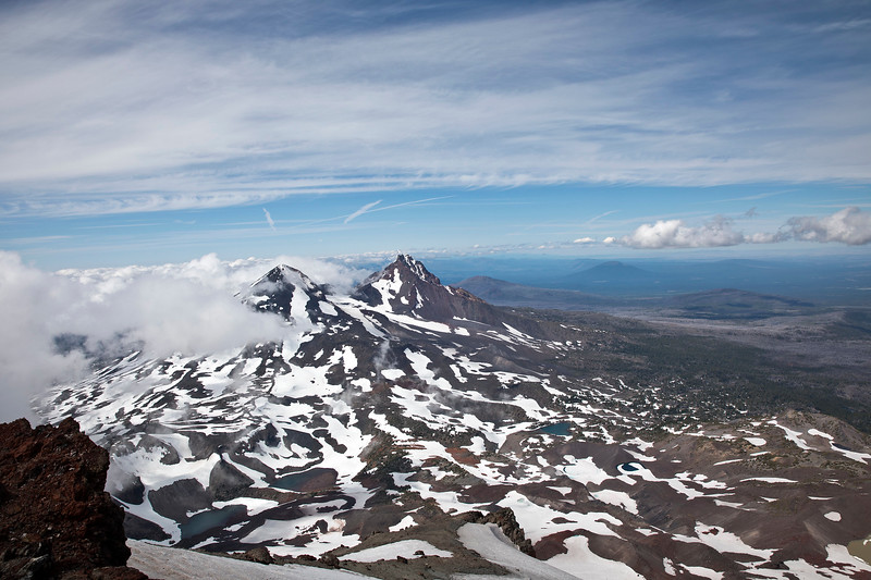 Looking North from summit of South Sister (OR)