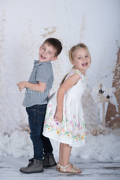 Chloe and Harry Christmas mini sessions 14 October 2017