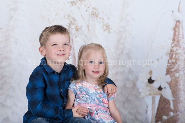 Harry and Robyn Christmas mini sessions 14 October 2017