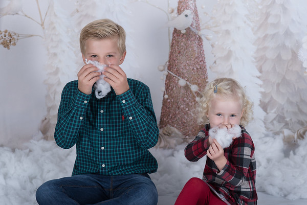 Oliver and Amelie Christmas mini session 14 October 2017