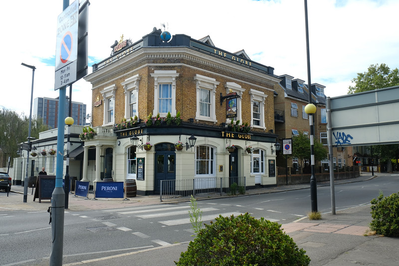The Globe, Brentford