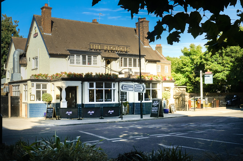 The Forester, Northfields
