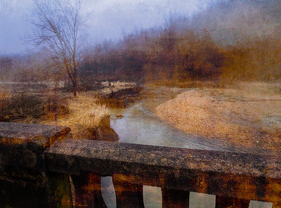 DA047,DA,Foggy Deadend Bridge Over Granger Creek in Early Winter