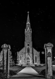 DA022,DB,stars-over-Elkader-church