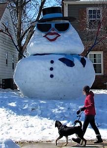 DA104,DJ,Winter with Attitude, Local Dubuque Iowa family embraces  the season
