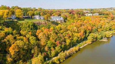 DA040,DA,Aerial_of_Bluffs_overlooking_Mississippi_River