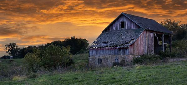 DA061,DT,Barn,Jackson County, Iowa (1 of 1)