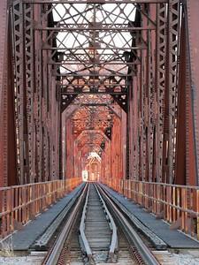 DA104,DT,Train Bridge Dubuque Iowa