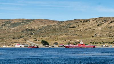 Isla Riesco Ferry