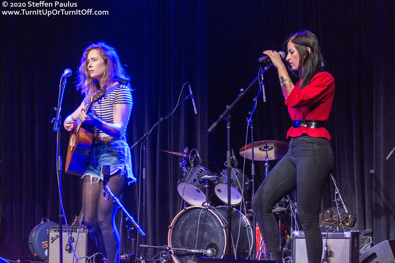 Skye Wallace is joined by Andrea Ramolo @ International Women's Day Solidarity Concert for Wet'suwet'en @ Paradise, Toronto, ON, 7-March 2020