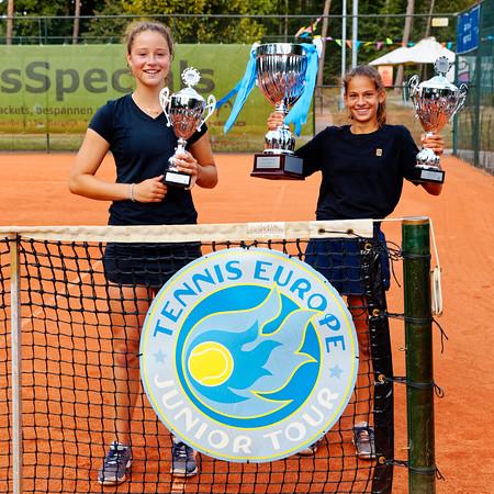 03 Finalists girls  - Amjoy cup TE U14 2020