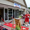 MET 081820 SG Entrance