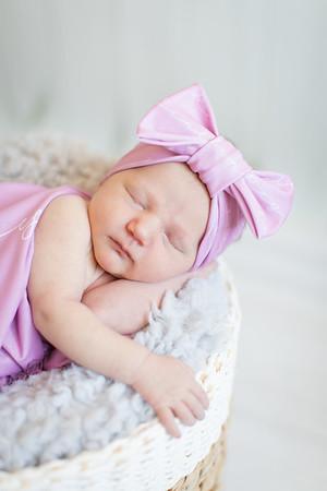 Finley's Newborn-11