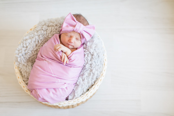 Finley's Newborn-7