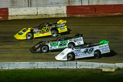 Billy Moyer, Jr. (21JR), Stormy Scott (2S) and Jonathan Davenport (49)