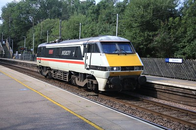 91119 passes Bayford at 0944/0Z91 Bounds Green to Bounds Green test run   08/08/20