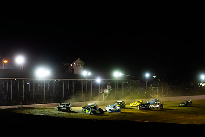 Kyle Strickler (8) leads a heat race to green