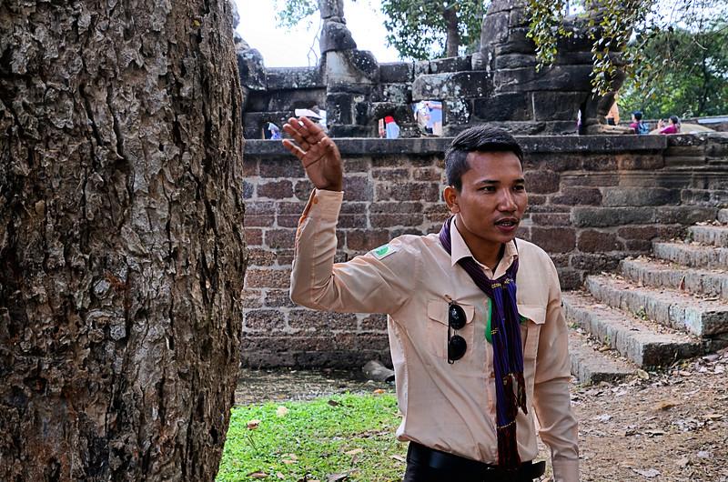 Go Vanda explaining Angkor Thom