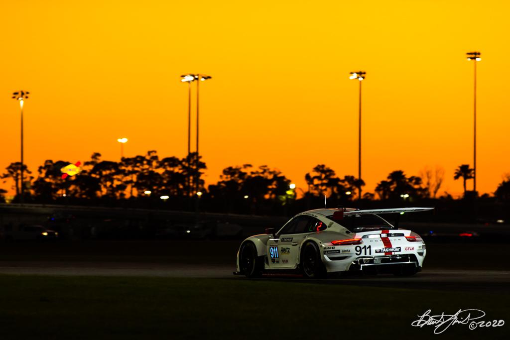 Rolex 24 at Daytona - IMSA WeatherTech SportsCar Championship - Daytona International Speedway - 911 Porsche GT Team Porsche 911 RSR-19, Matt Campbell, Nick Tandy, Fred Makowiecki
