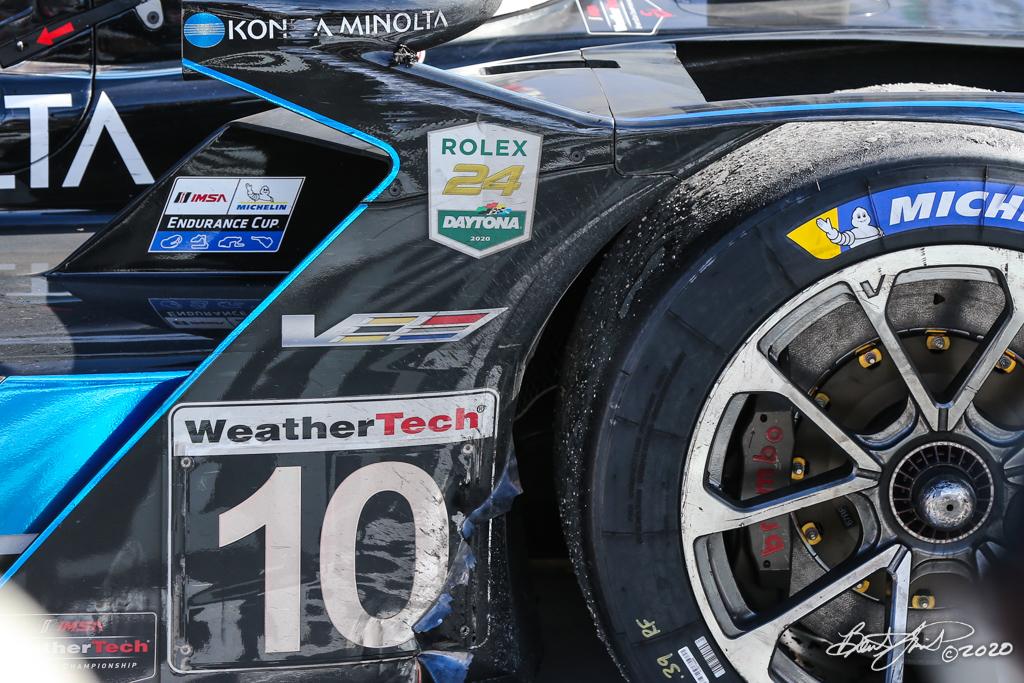 Rolex 24 at Daytona - IMSA WeatherTech SportsCar Championship - Daytona International Speedway - 10 Wayne Taylor Racing  Cadillac DPi , Renger van der Zande, Ryan Briscoe, Scott Dixon, Kamui Kobayashi