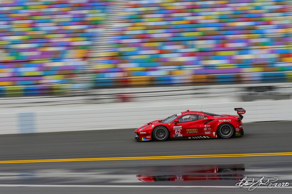 Rolex 24 at Daytona - IMSA WeatherTech SportsCar Championship - Daytona International Speedway - 62 Risi Competizione Ferrari 488 GTE, James Calado, Alessandro Pier Guidi, Daniel Serra, Davide Rigon