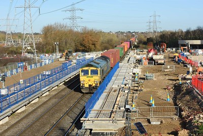 1 December 2020 :: 66556 is passing the new Green Park station leading 4O14 from Garston to Southampton