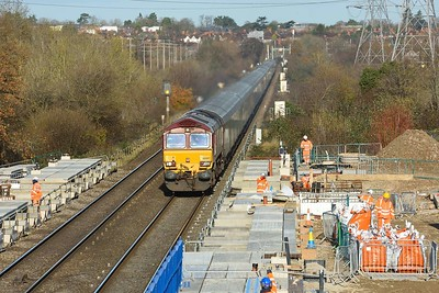 1 December 2020 :: 66087 is passing the buildings works at Green Park with 4O39 from Cowley to Southampton