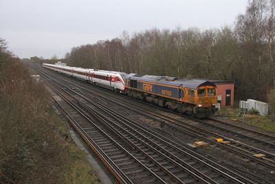 66768 Worting Junction 19/02/20 5X98 Eastleigh to Acton with 801227