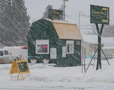 Falling snow shrouds the Espresso Barn in Morinville on Saturday Feb. 1, 2020.  John Lucas/St. Albert Gazette