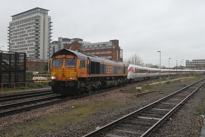 66759 Basingstoke 28/02/20 5X98 Eastleigh to Acton with 801224