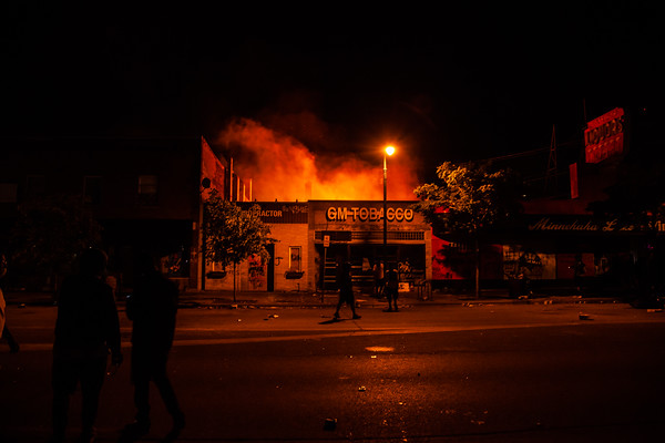 George Floyd Uprising, 38th and Lake Fires