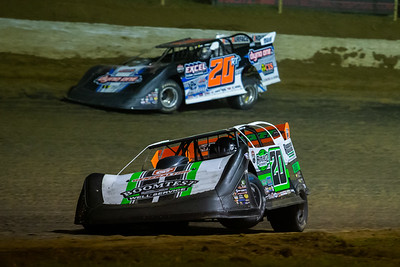 Jimmy Owens (20) and Ricky Thornton, Jr. (20RT)