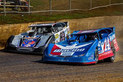 Josh Richards (14) and Scott James (83)